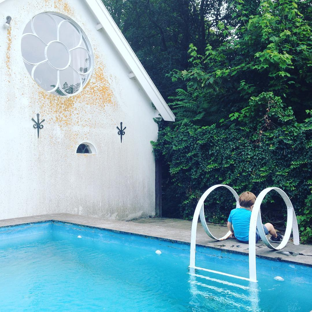 Airbnb Mary J - zwembad rockanje