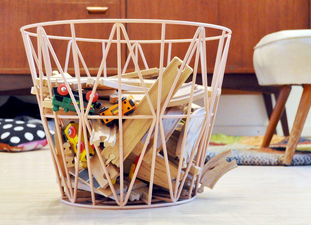Giveaway! Win een roze Wire Basket van Ferm Living